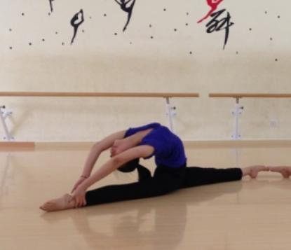 天姿舞蹈艺术培训中心