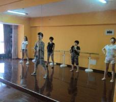 艾舞艺术培训中心